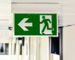 emergency-exit-1321134_1920.jpg