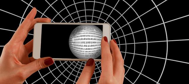 smartphone-1445447_640.jpg
