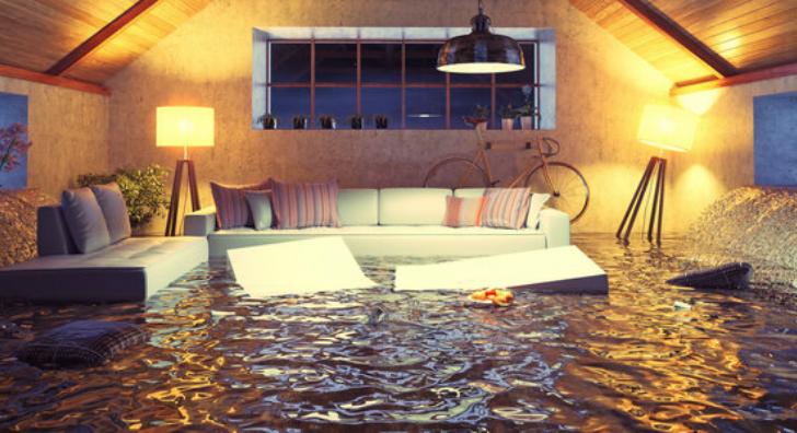 rsz_flood_in_condo728x396.jpg